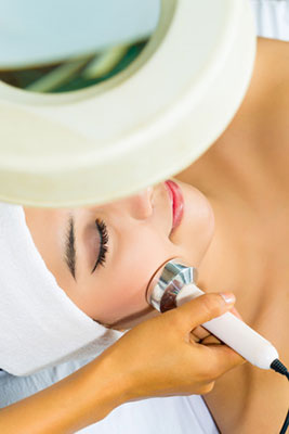 Waves flow ultrasonic facial